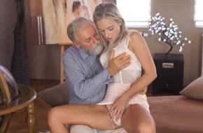 Peli porno gratis de abuelos con nietas de brunoymaria Incestos Abuelo Y Nieta Videos Porno Xxx Gratis De Incestos Abuelo Y Nieta En Espanol